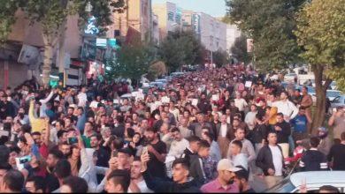 تجمع سقزی ها علیه حمله ترکیه به کُردها